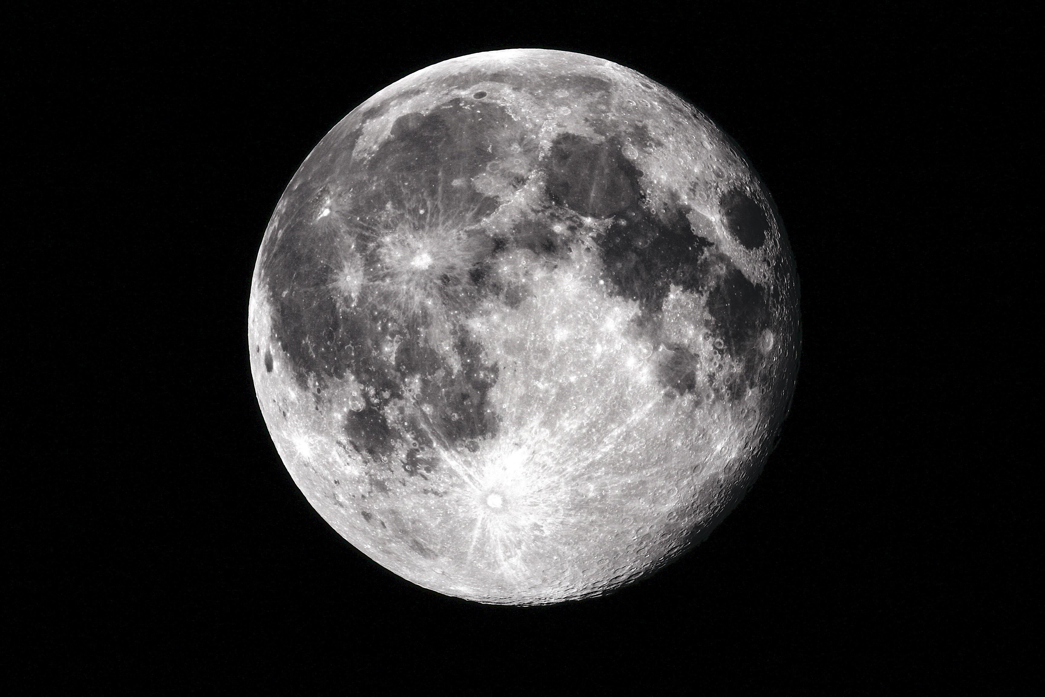The Moon Wallpaper HD