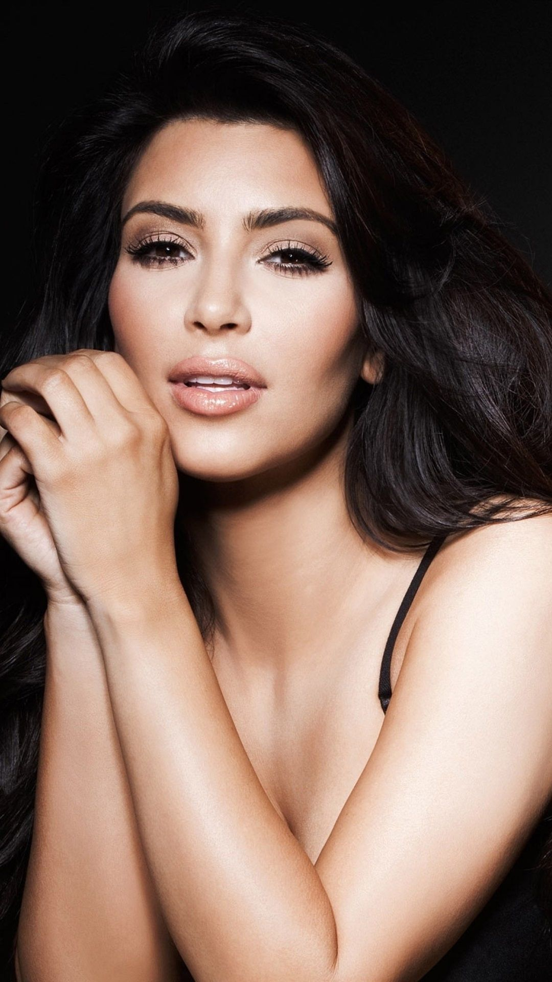 Kim Kardashian Wallpaper Iphone
