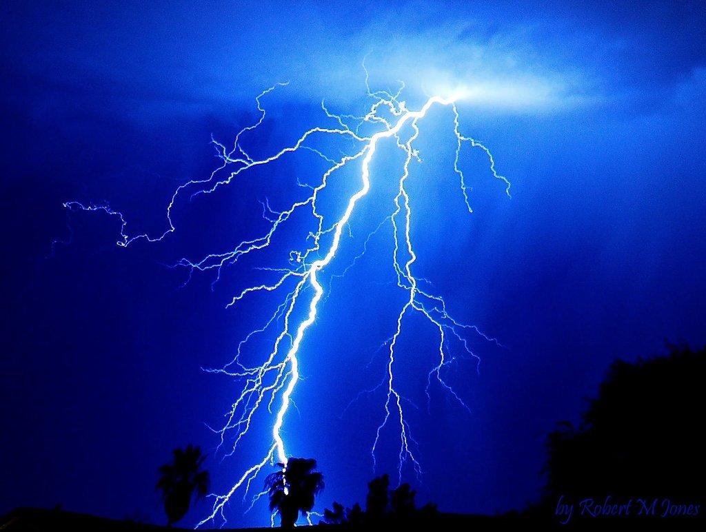 electric blue 1024x772
