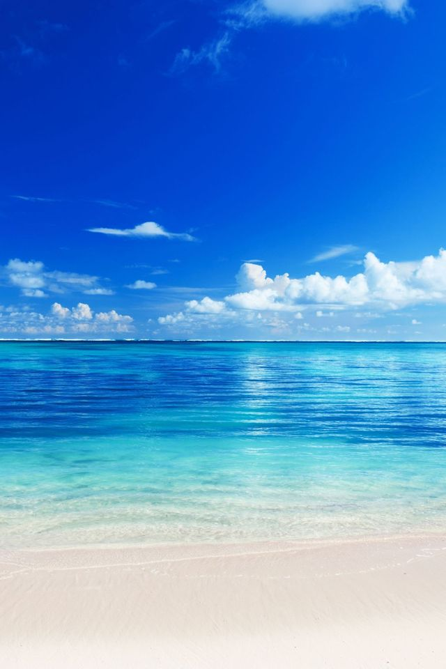 iPhone wallpaper iPhone 4S Blue Beach Ocean View 640x960