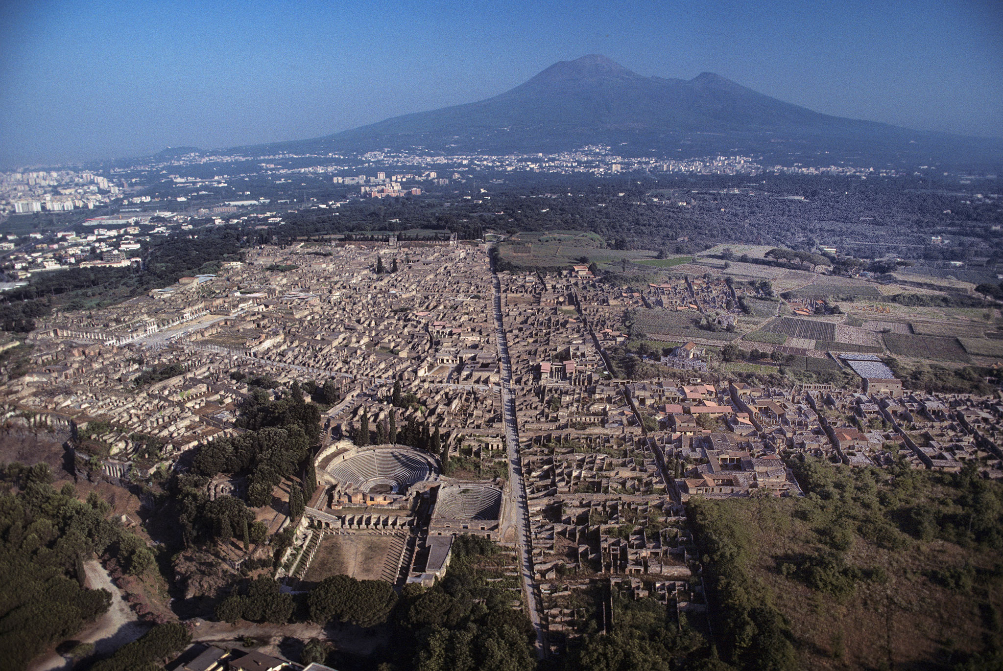 Bringing the Ghostly City of Pompeii Back to Life 2048x1371
