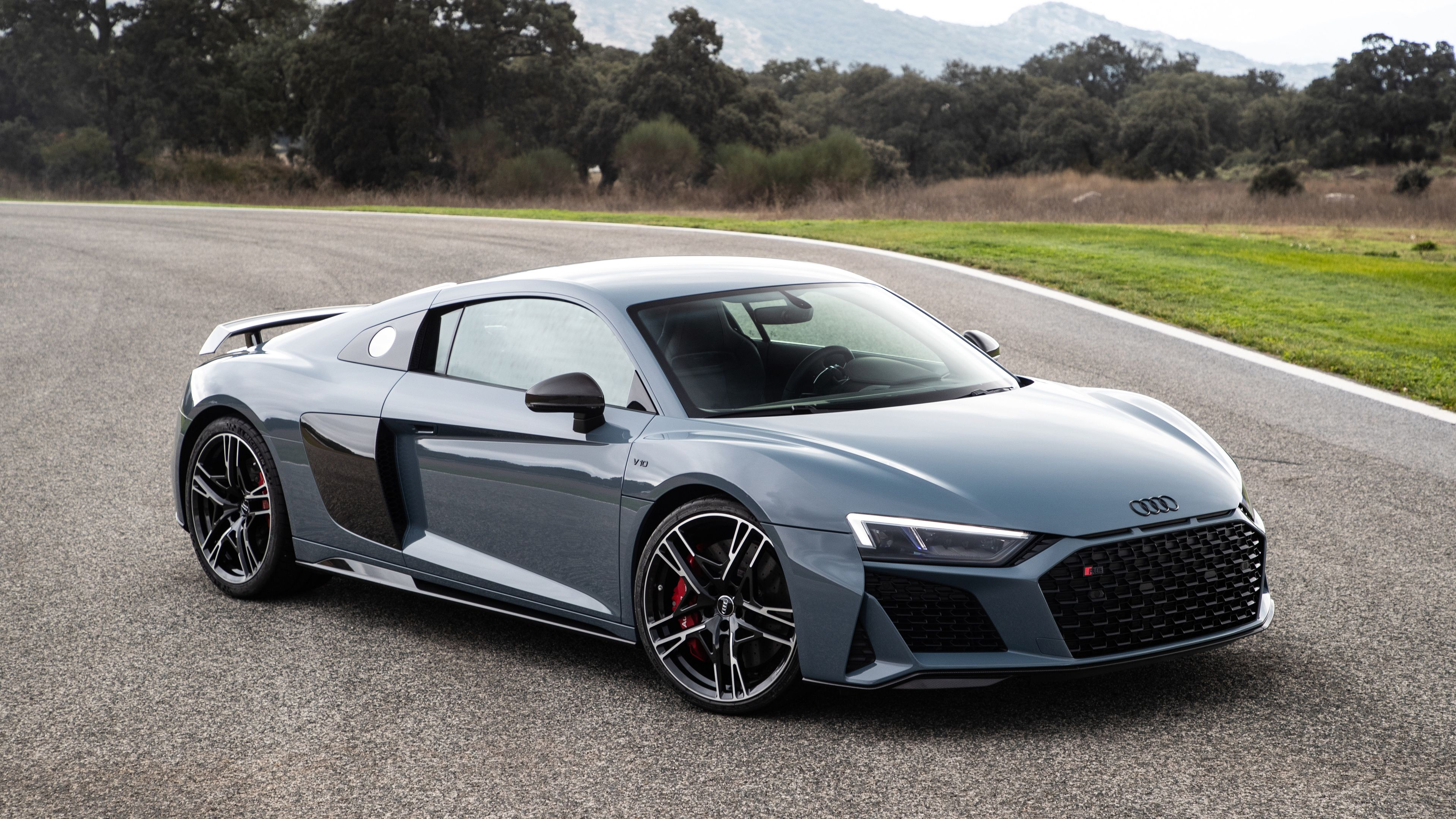 Audi R8 V10 2019 4k hd wallpapers cars wallpapers audi 3840x2160