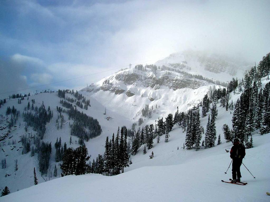 Best ski resort   Jackson Hole Wyoming 1024x768 Wallpaper 2 1024x768