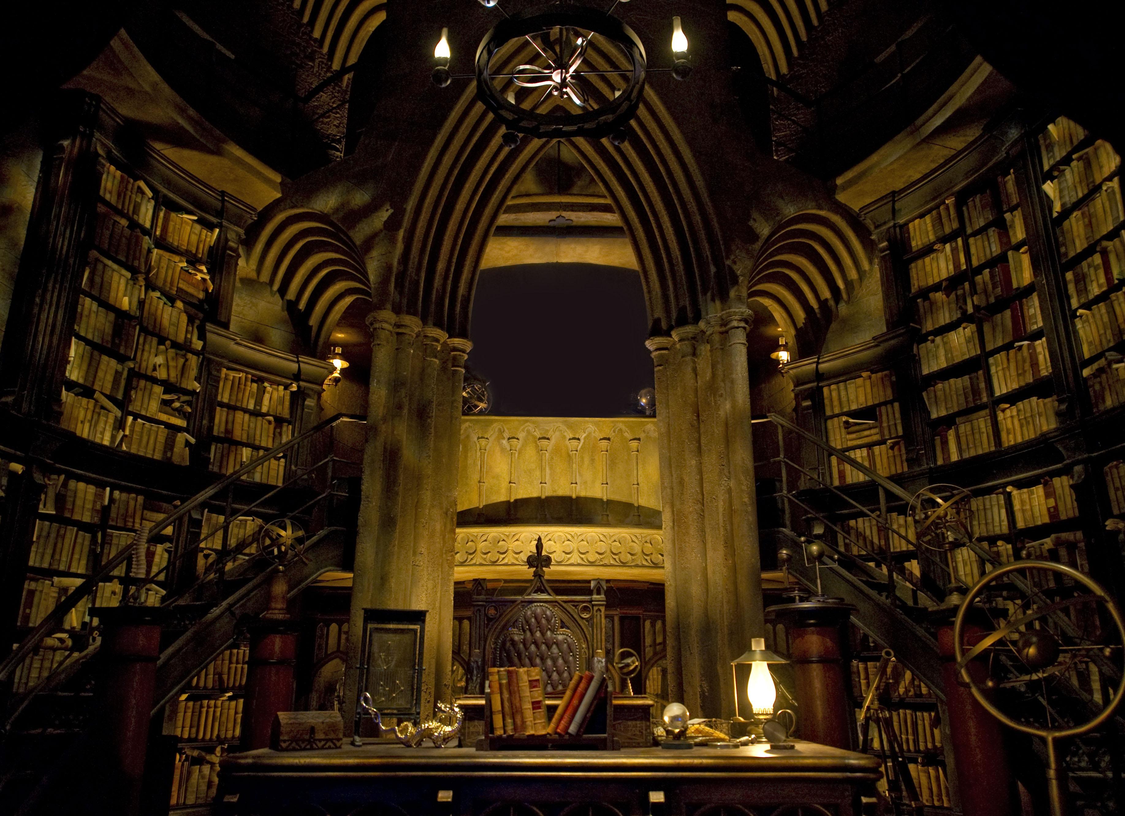 Dumbledores Office at Hogwarts Desktop Wallpaper 3671x2664