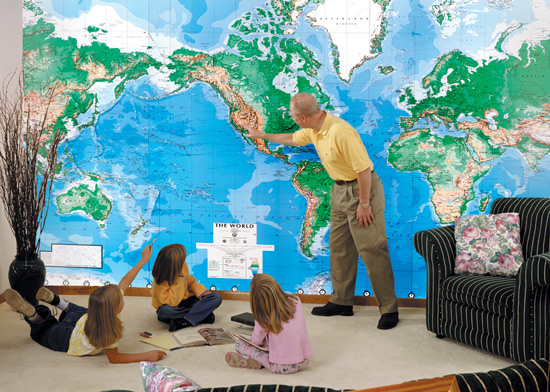 World map murals wallpaper wallpapersafari see our national geographic wall murals see our other wall mural maps 550x392 gumiabroncs