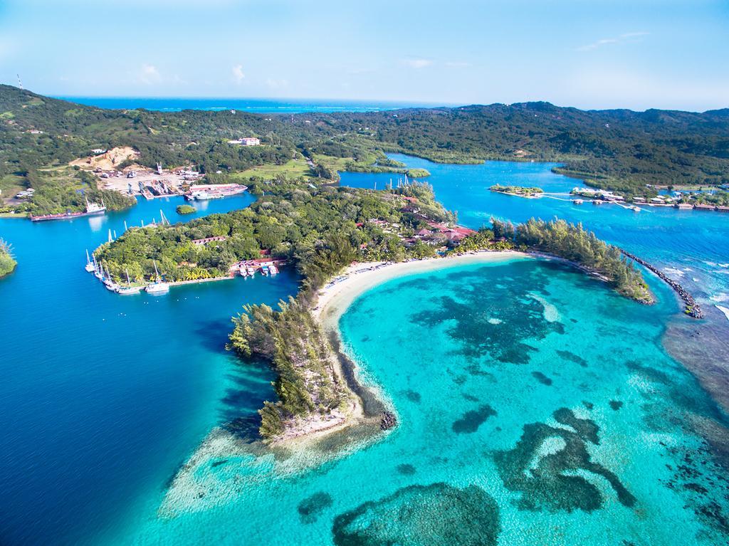 Fantasy Island Beach Resort First Bight Honduras   Bookingcom 1024x767