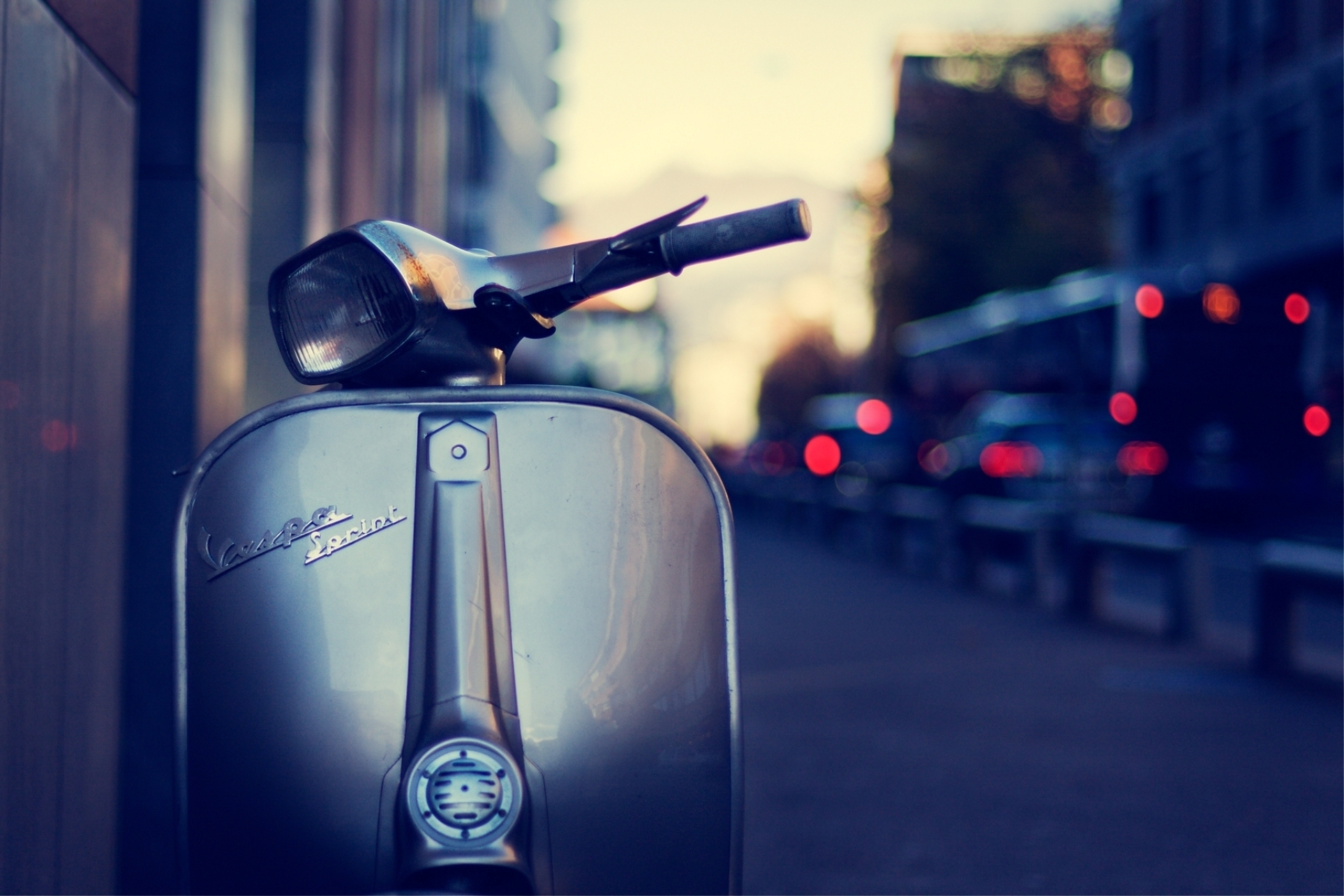 17 Scooter HD Wallpapers Background Images 1926x1284