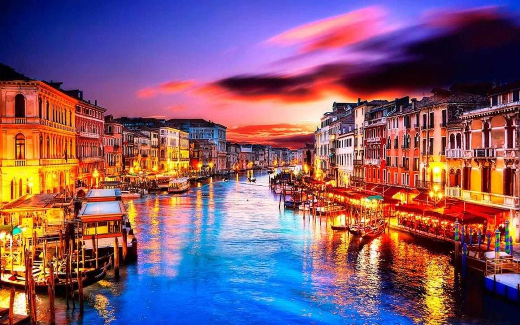 Venice Italy at Night Romantic Venice At Night   wallpaper 1680x1050