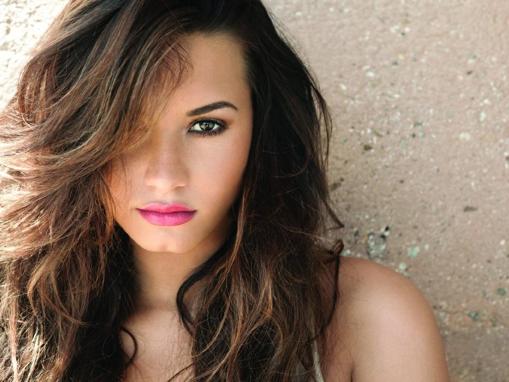 Demi Lovato Desktop Background HD 6333 HD Wallpaper 3D Desktop 1024x768
