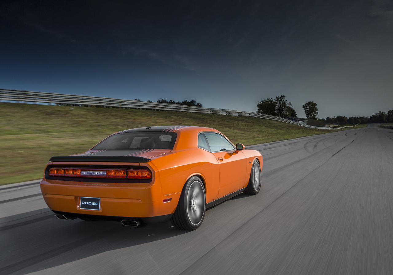 2014 Dodge Challenger Shaker   HD Wallpaper 2   BestePics 1280x895