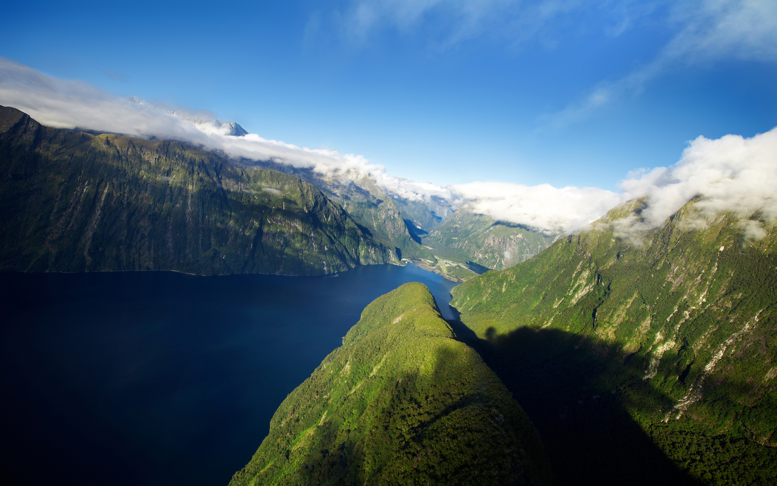 Fjord in New Zealand Wallpapers HD Wallpapers 2560x1600