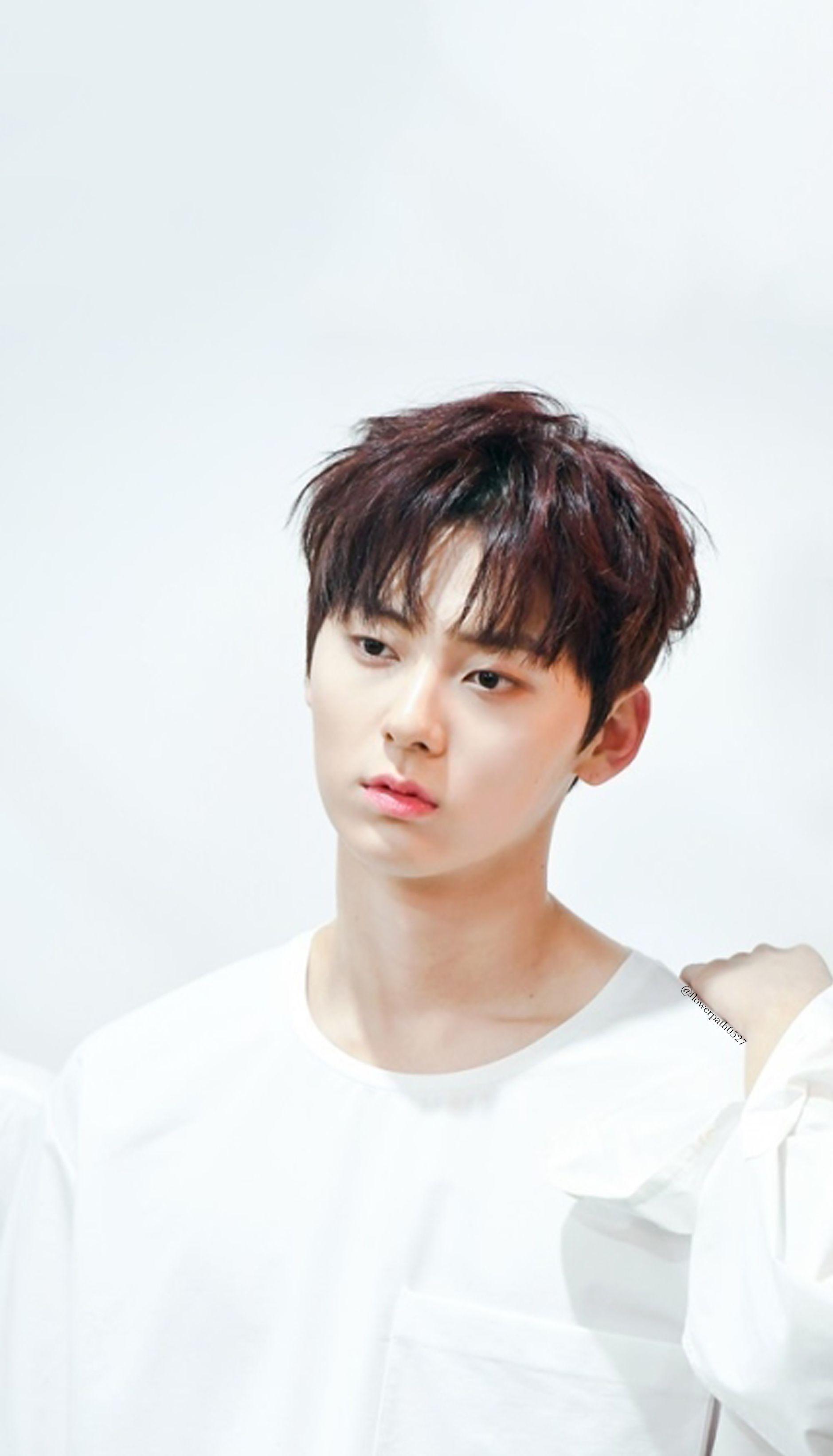Wanna One x STAR1 Magazine Hwang Minhyun Wallpaper Hwang minhyun 1879x3284