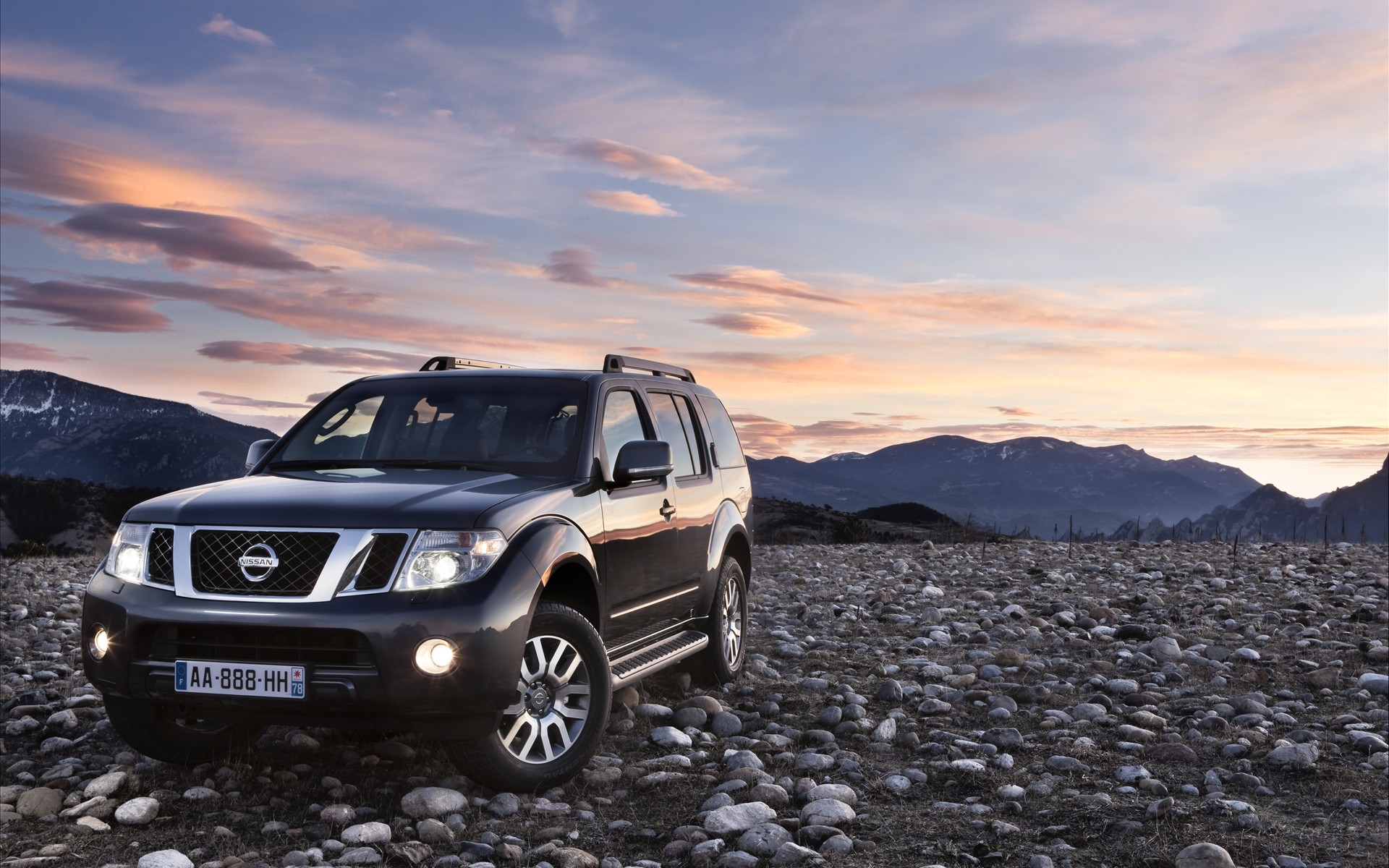 Download 2011 nissan pathfinder and navara   Cars wallpapers for 1920x1200