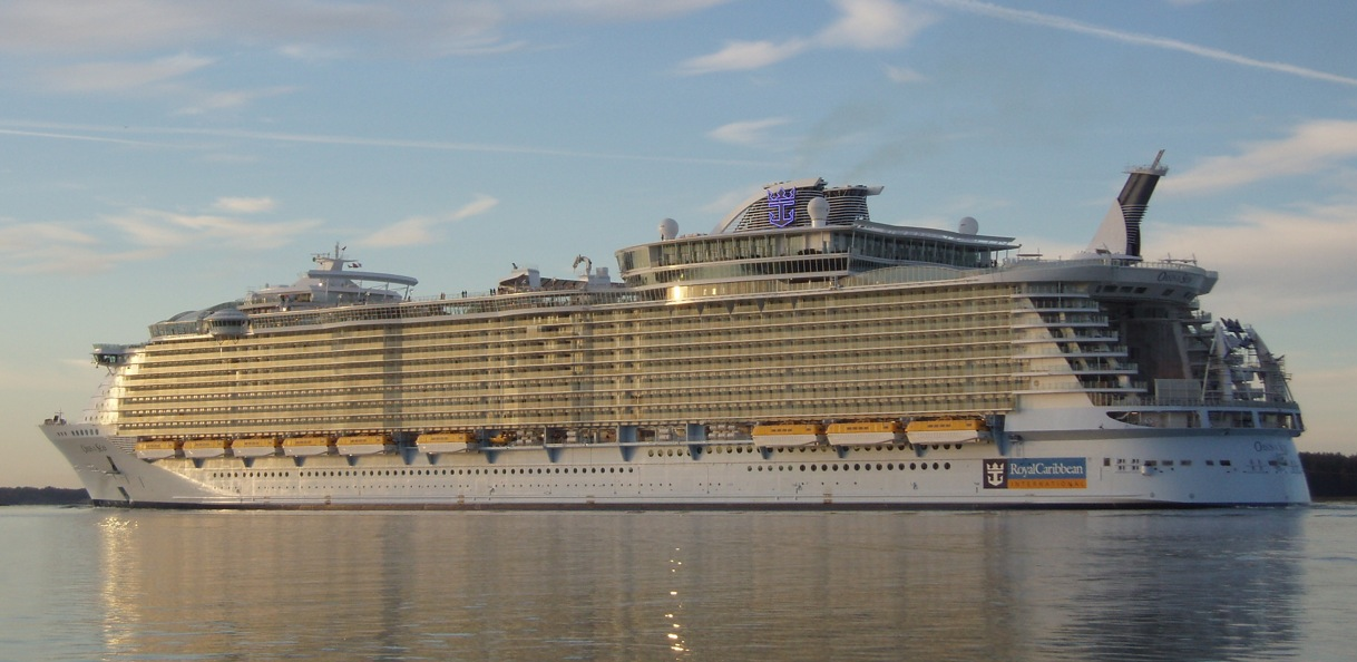 Royal Caribbean Allure Of The Seas Interior Desktop Backgrounds for 1218x594