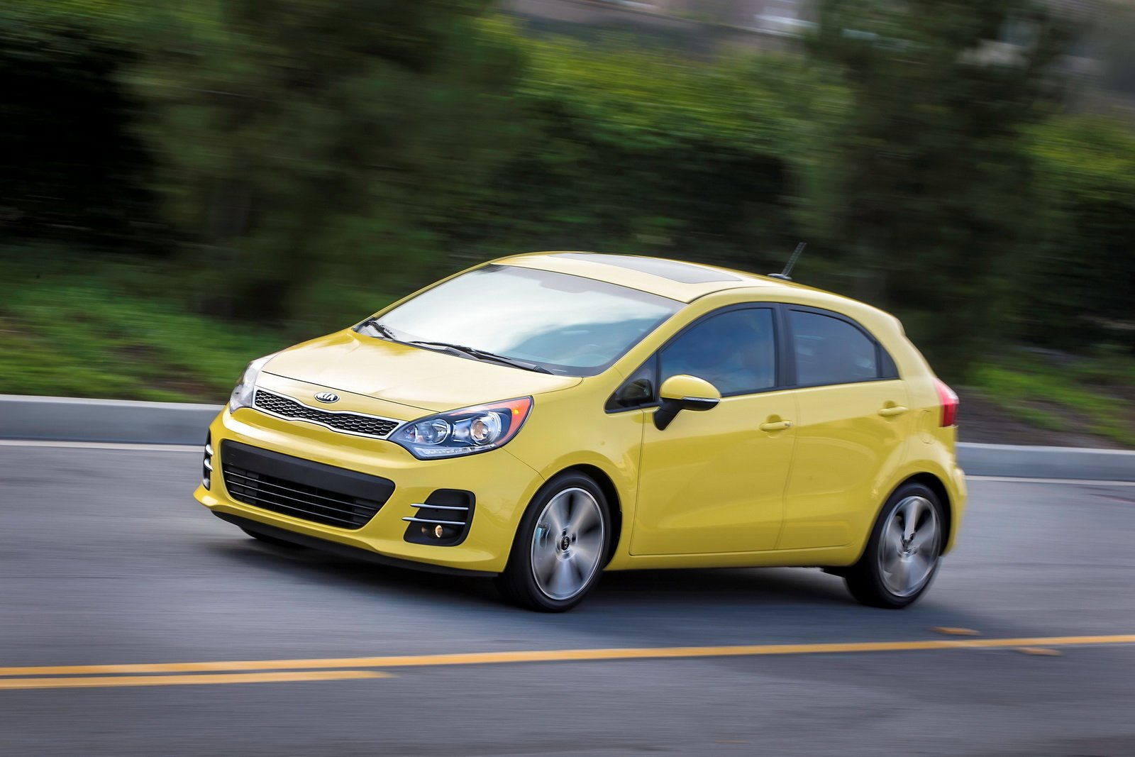 2016 Kia Rio Desktop Background Wallpapers 13327   Grivucom 1600x1067