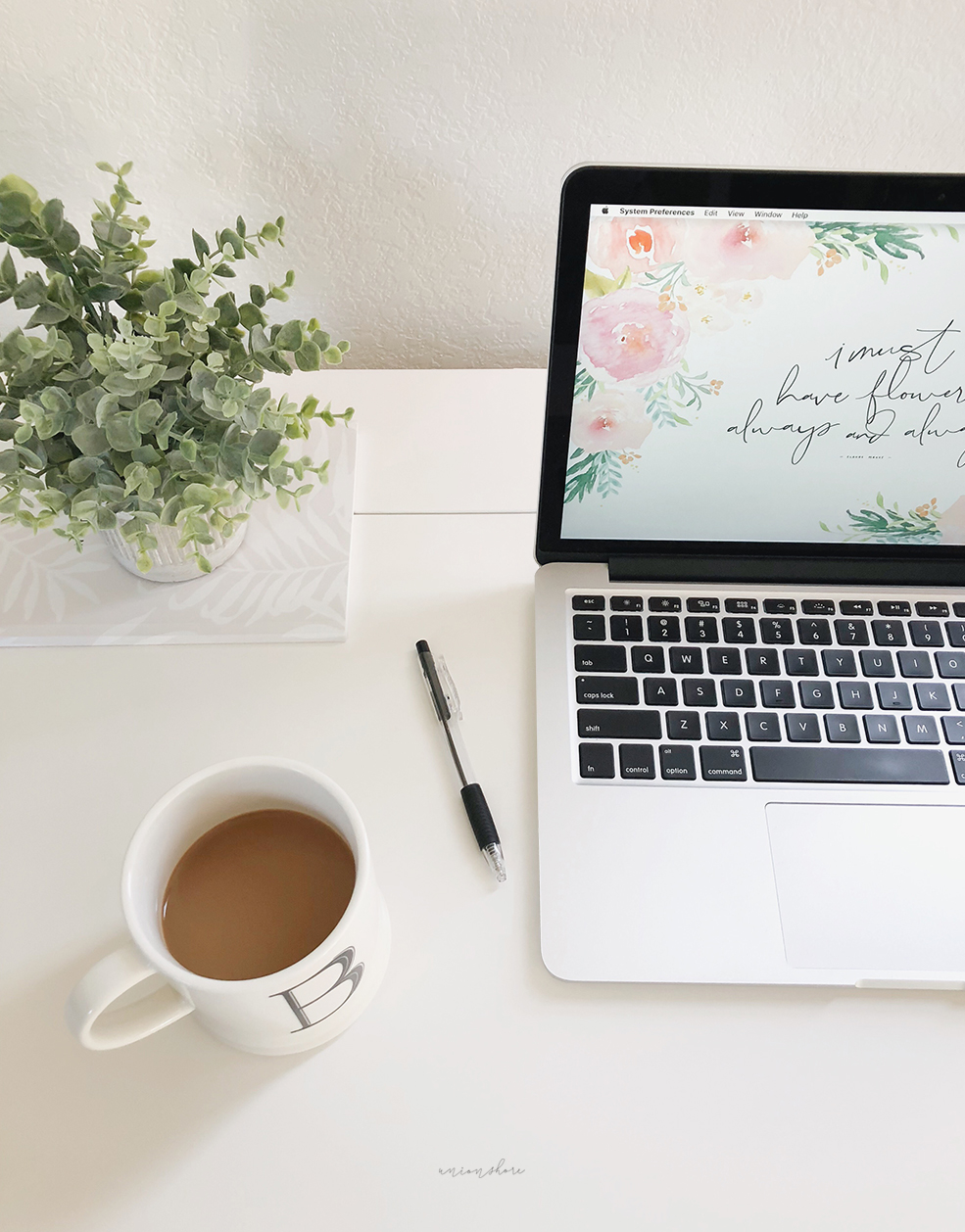 Spring Blooms   A Desktop Wallpaper UNION SHORE journal 985x1258