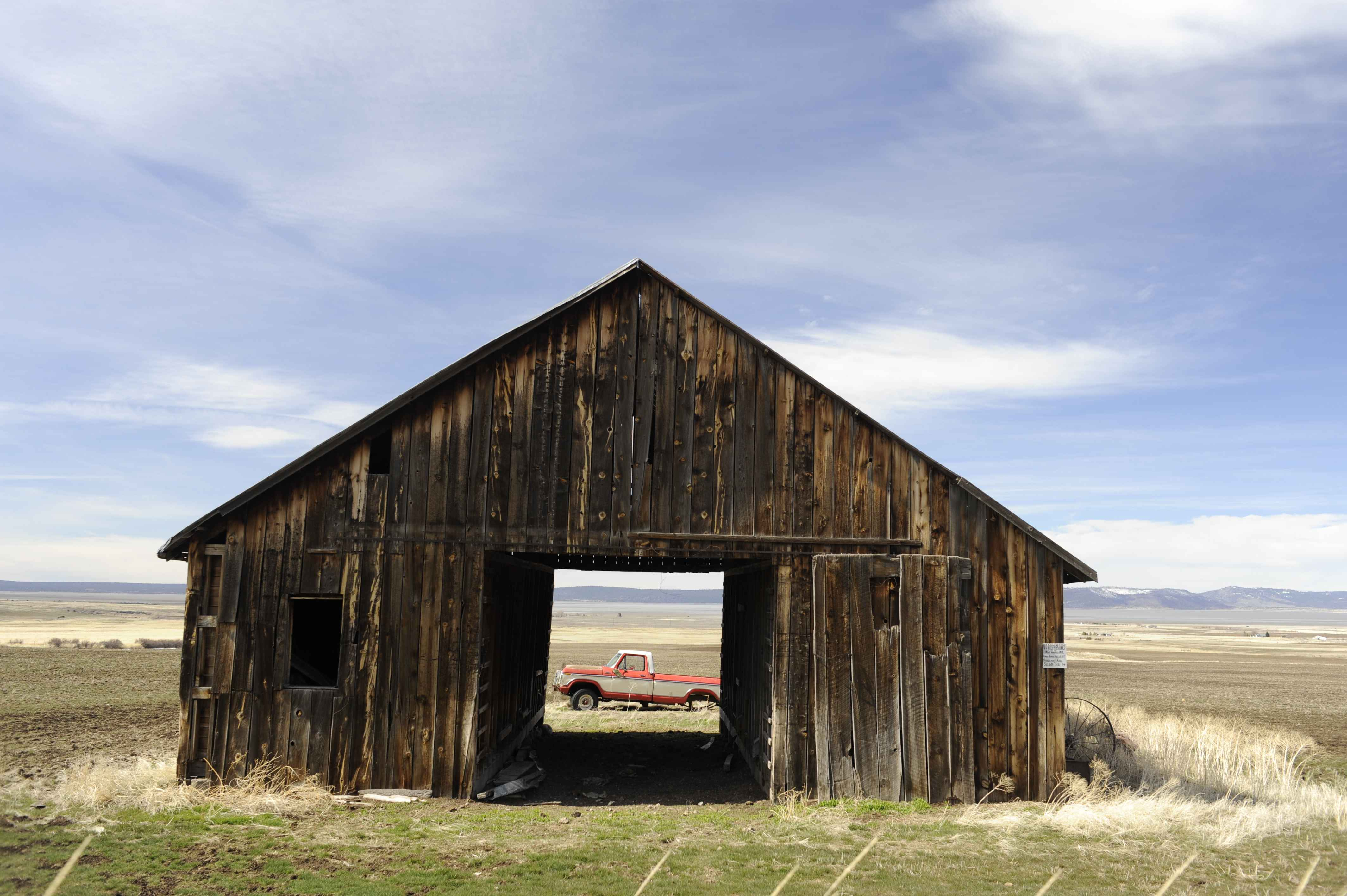 barn wallpaper - photo #21