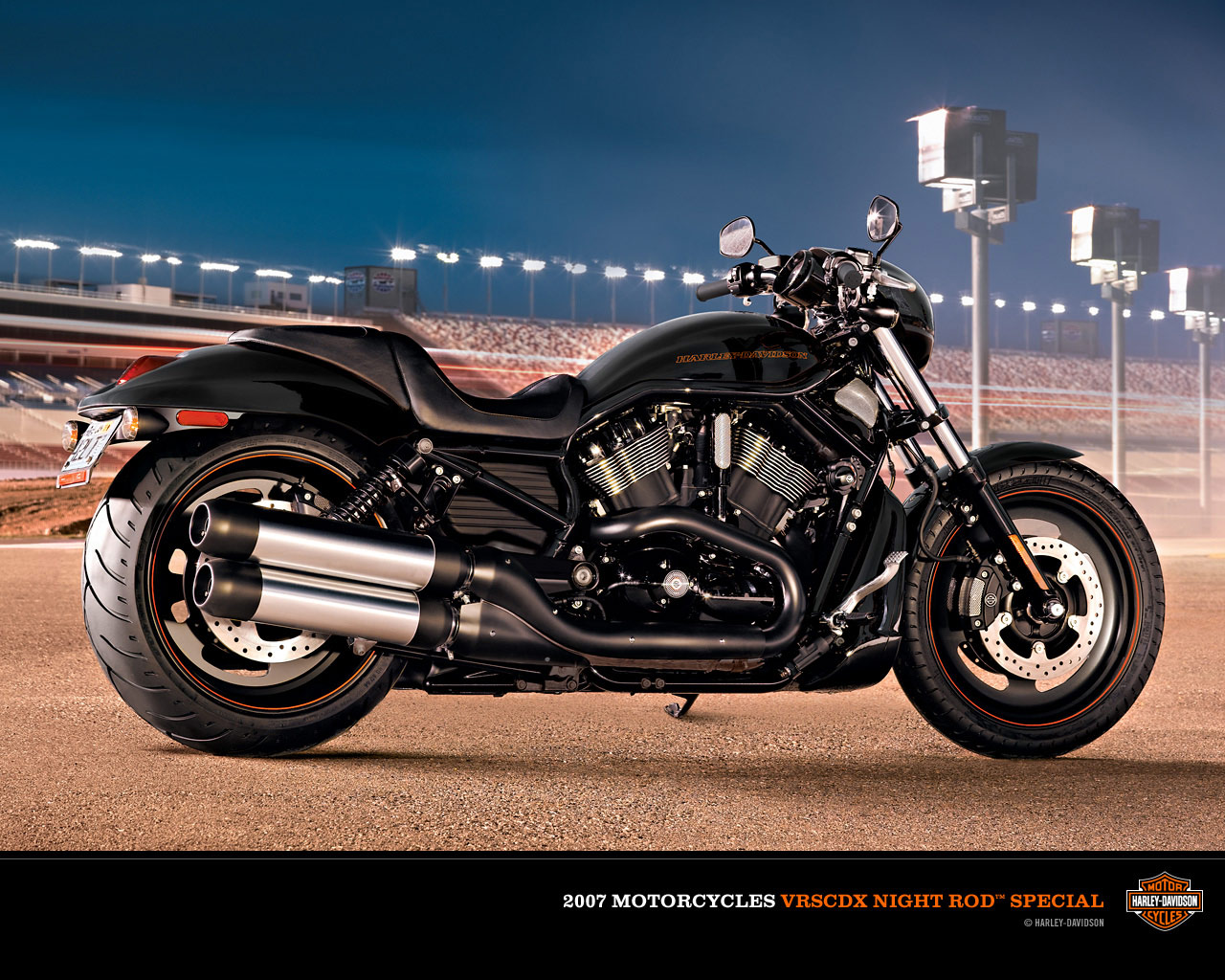 Fast Bikes Harley Davidson Dyna Motorcycle Review Wallpapers 2011 1280x1024