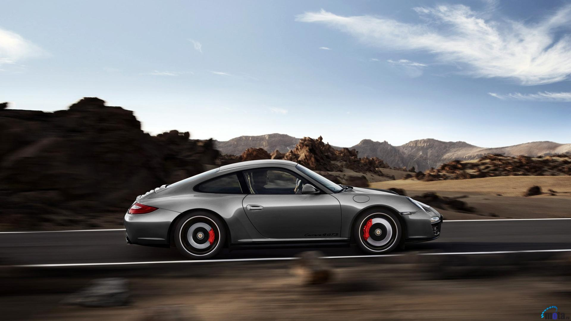 Download Wallpaper Porsche 911 Carrera 4 GTS coupe 1920 x 1920x1080