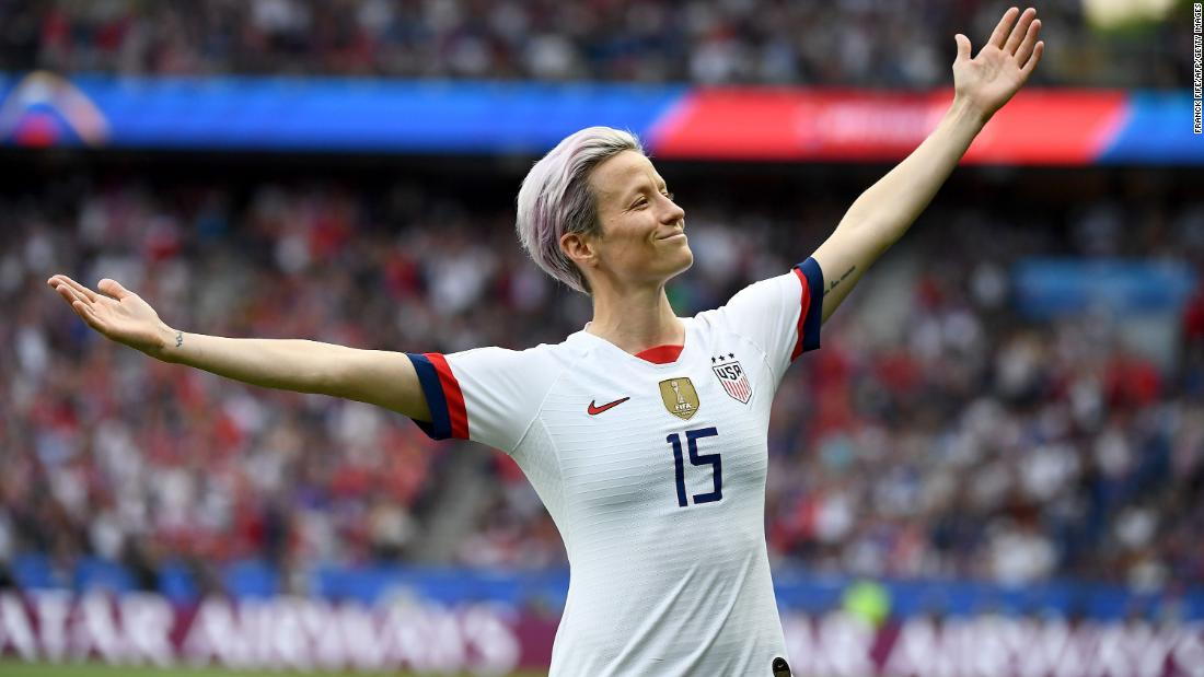 Megan Rapinoe struck an epic pose after scoring against France in 1100x619