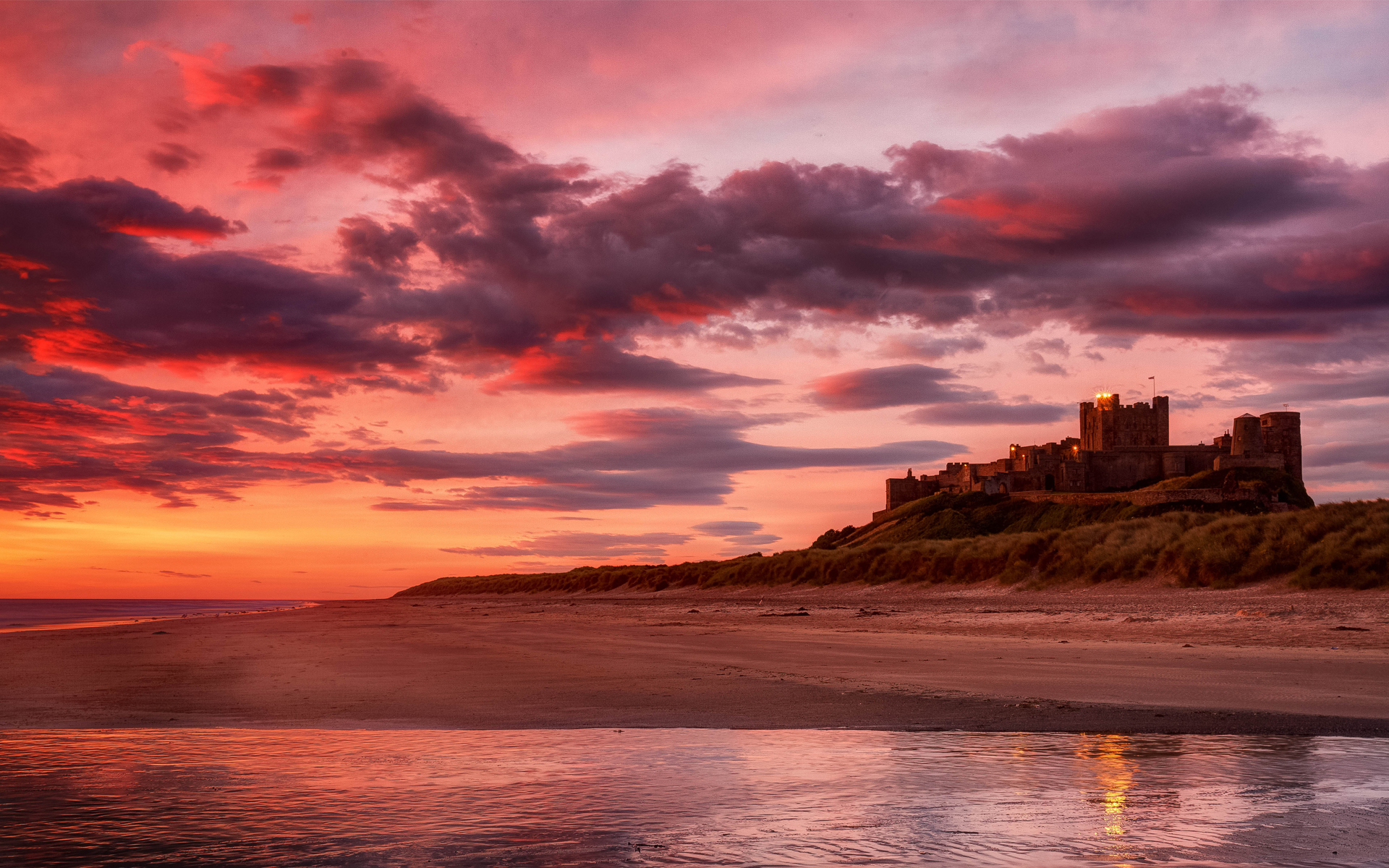 Sun Beach And Sea Wallpaper: Sand Castle Wallpaper