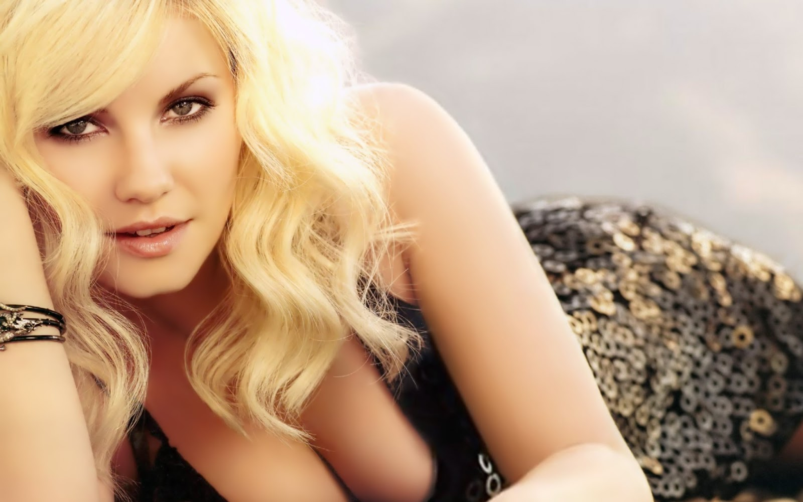 elisha cuthbert wallpapers hd - wallpapersafari