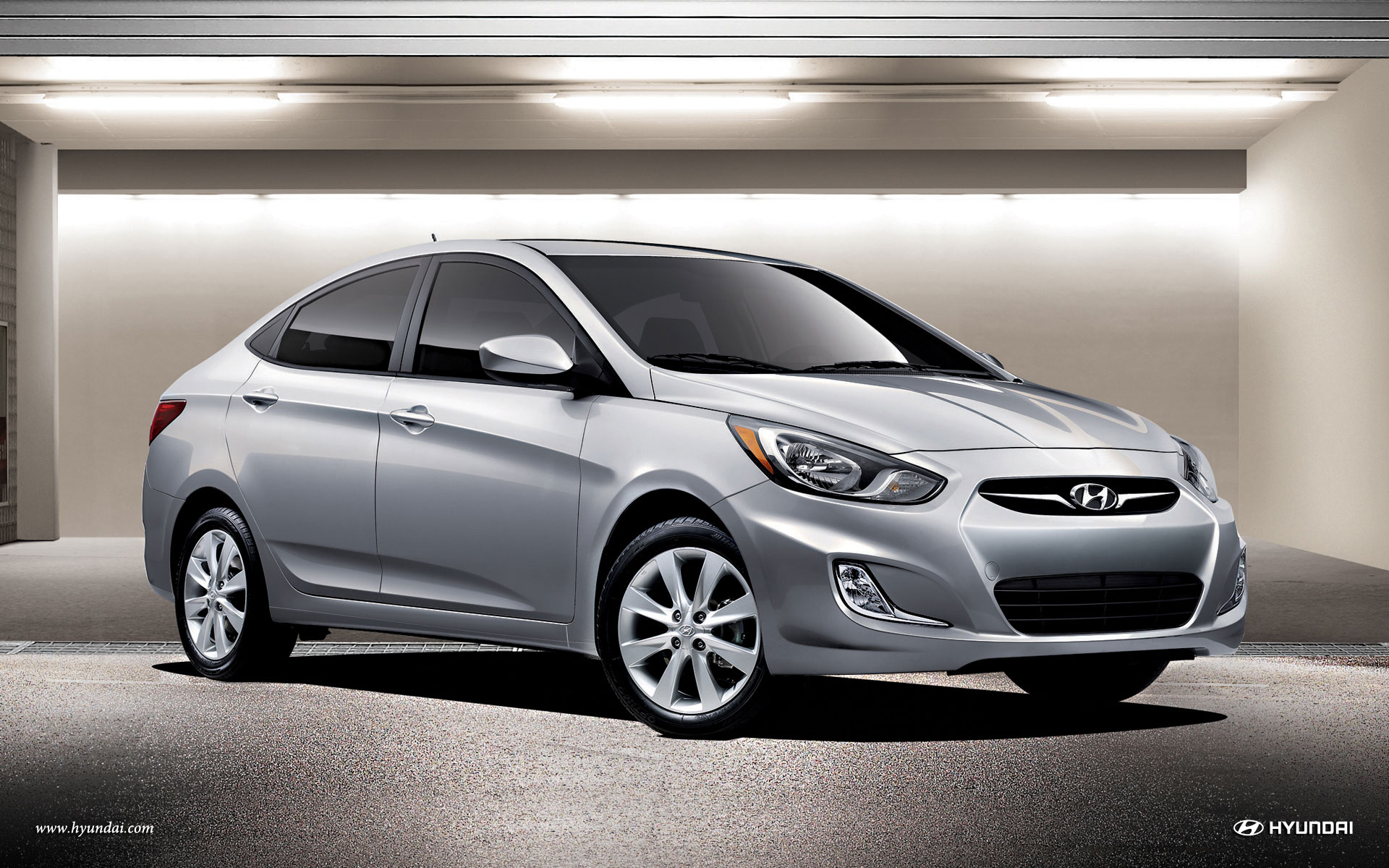 320402 Hyundai Accent Wallpapers 1920x1200