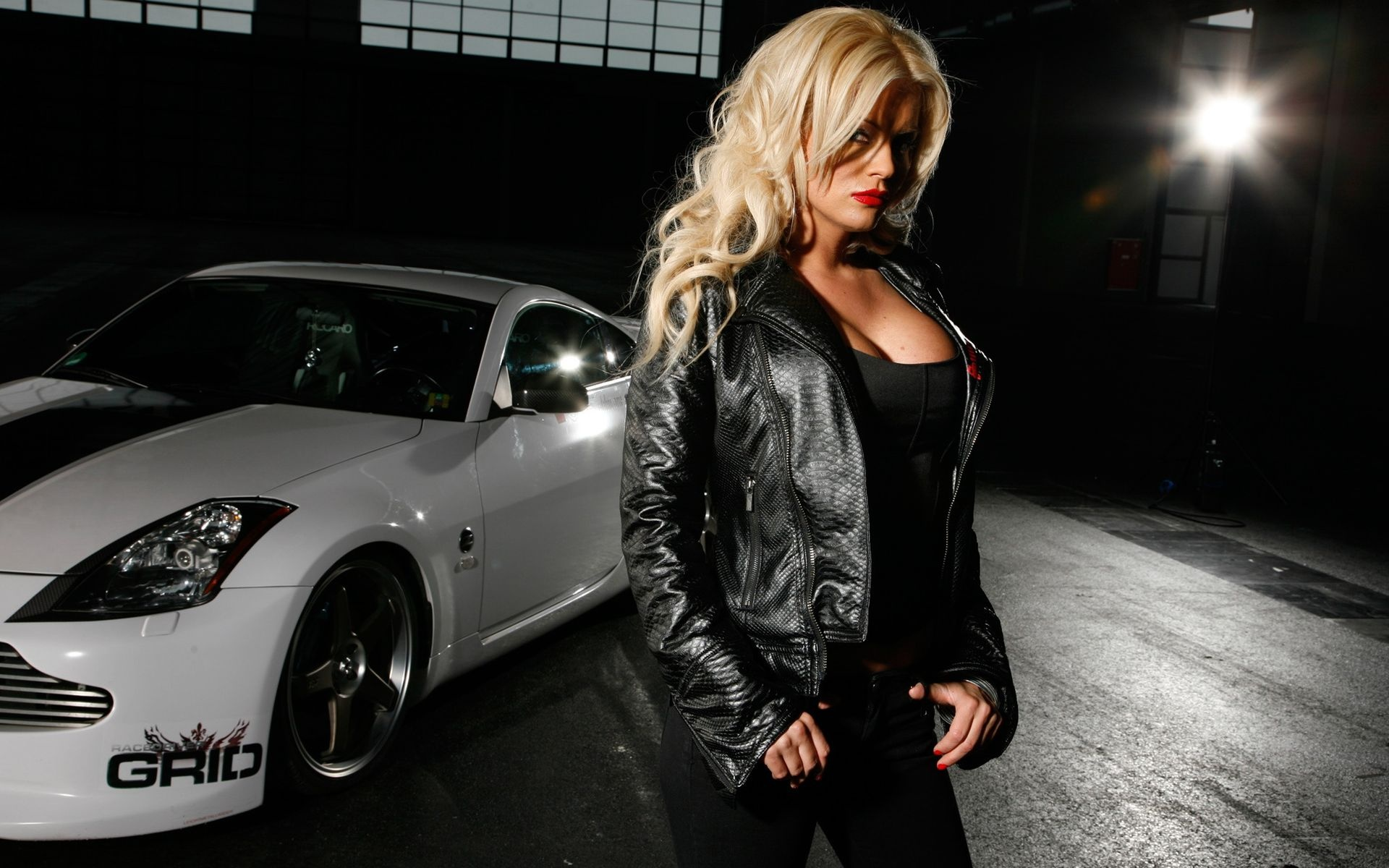 Cars With Tough Girl Wallpaper 1920x1200