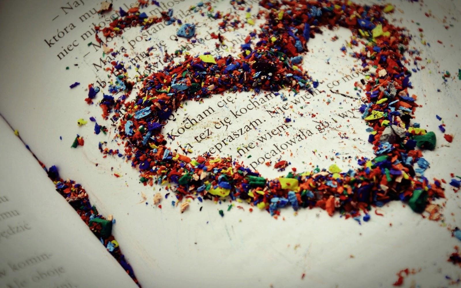 Book Writting HD Wallpaper Love Wallpapers Romantic Wallpapers 1600x1000