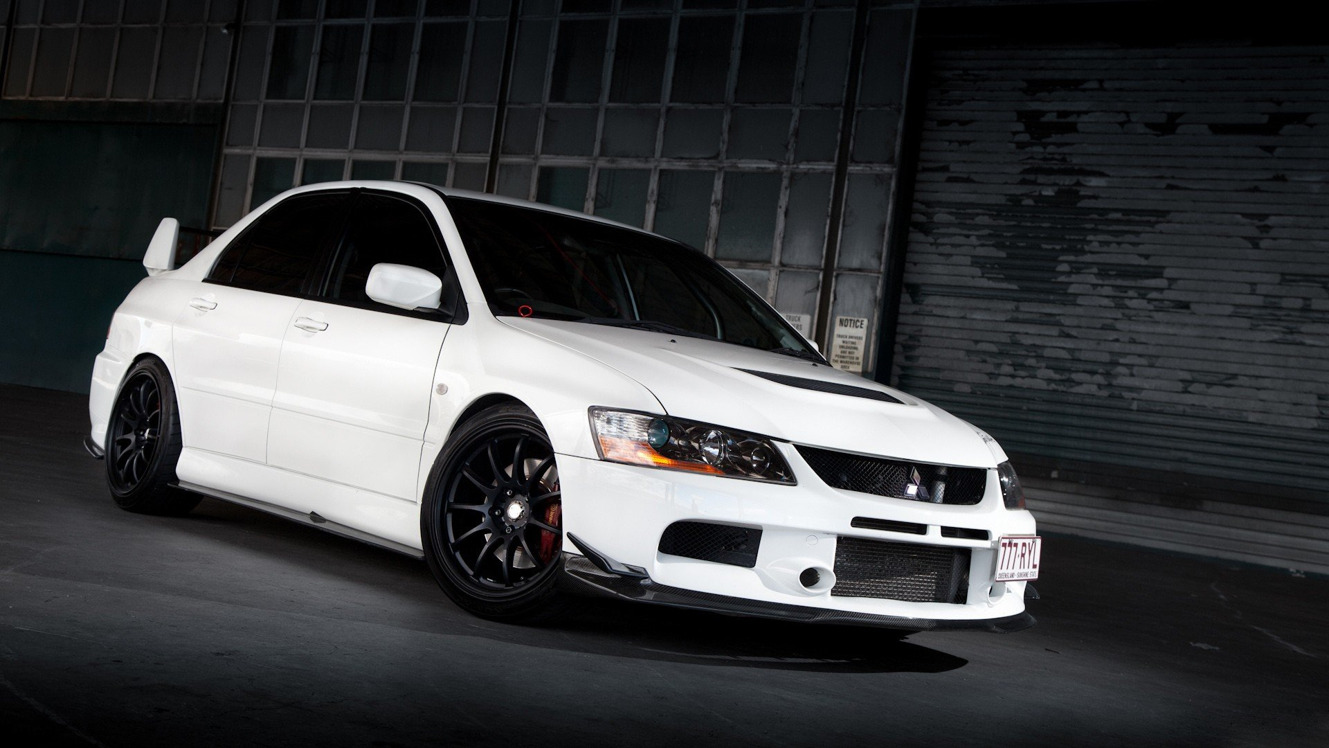 photos mitsubishi lancer evo 8 wallpaper trb 02 evo 8 2 can play
