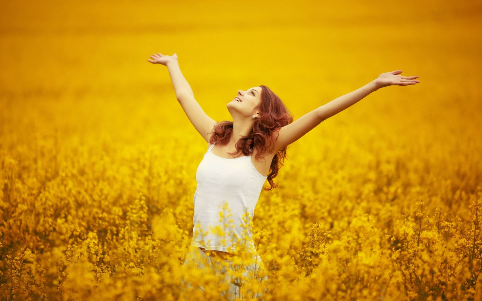 Wallpapers Celebrities Mood Girl Flowers Yellow Nature 1680x1050