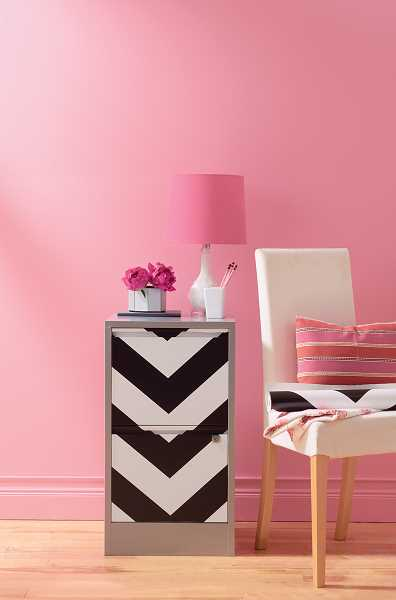 office is Devine Color Blossom with black and white Zigzag wallpaper 396x600