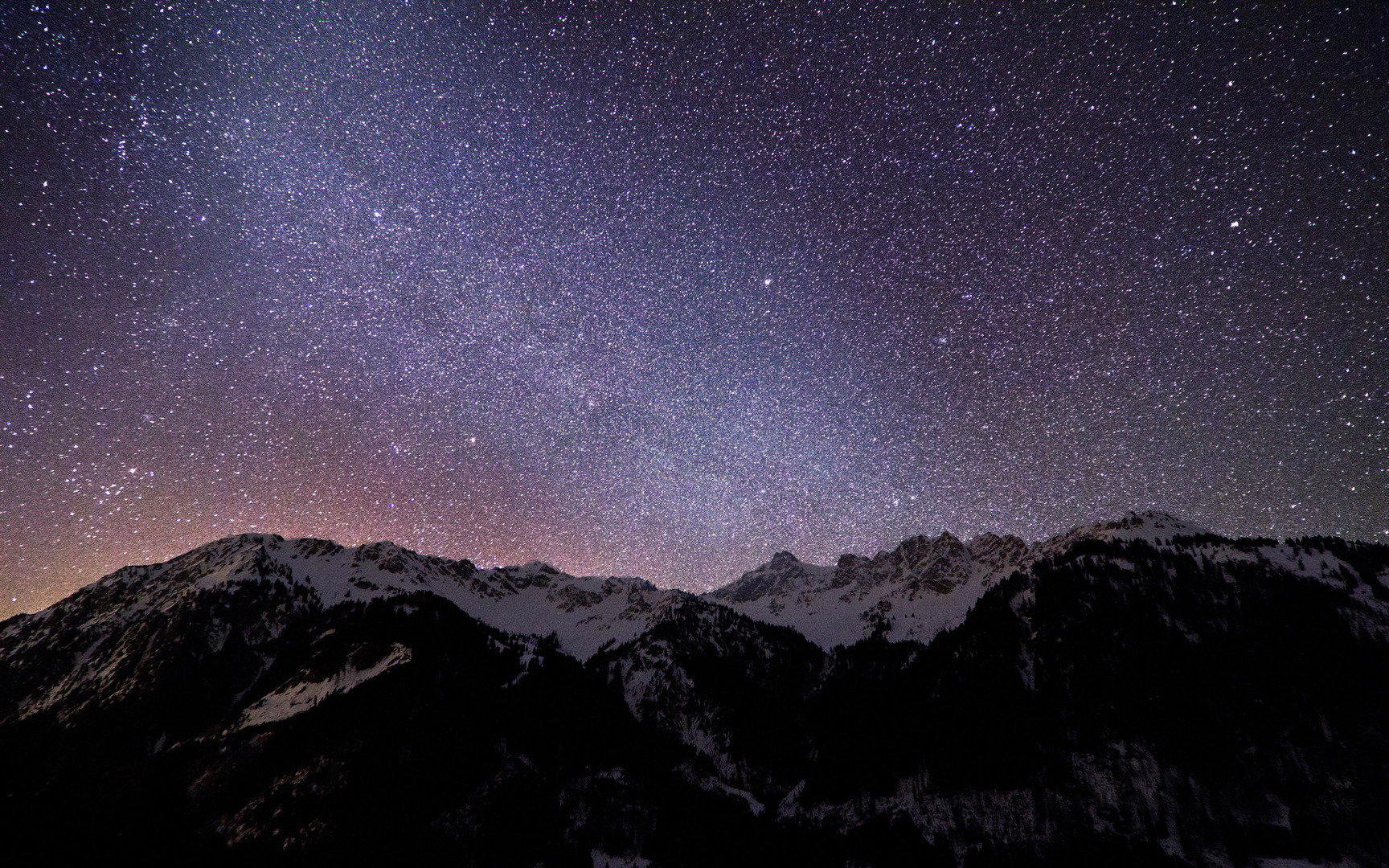 Download Night lights in the sky wallpaper 1728x1080