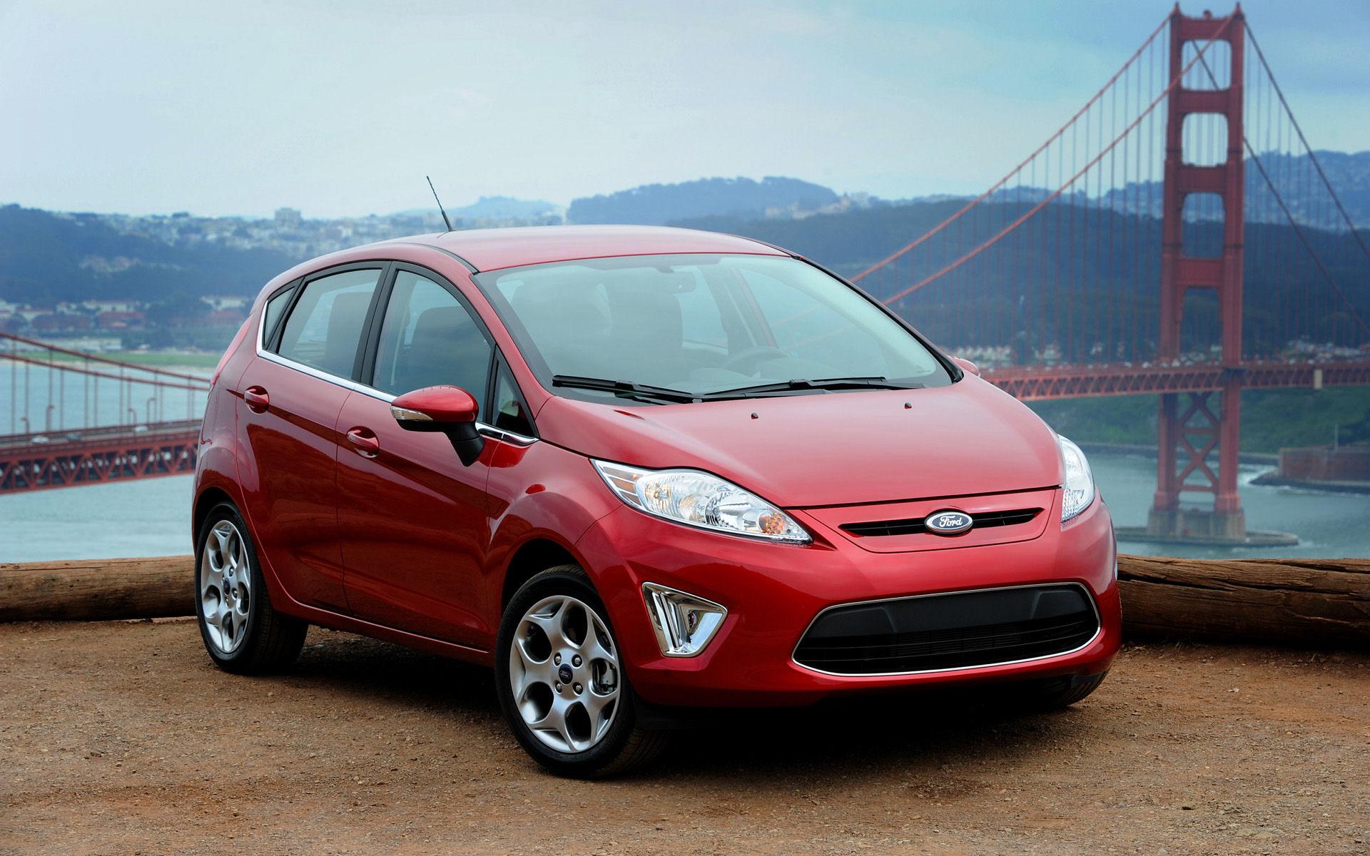 Автомобили для женщин. Ford Fiesta