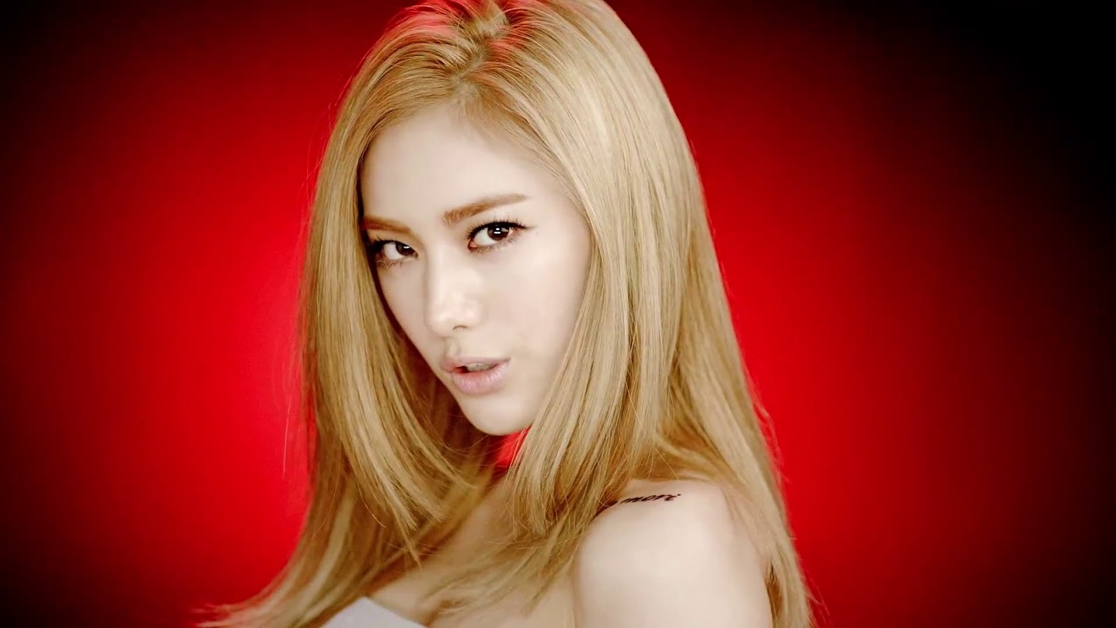 After School Nana First Love Hot Sexy Wallpaper HD 1600x900