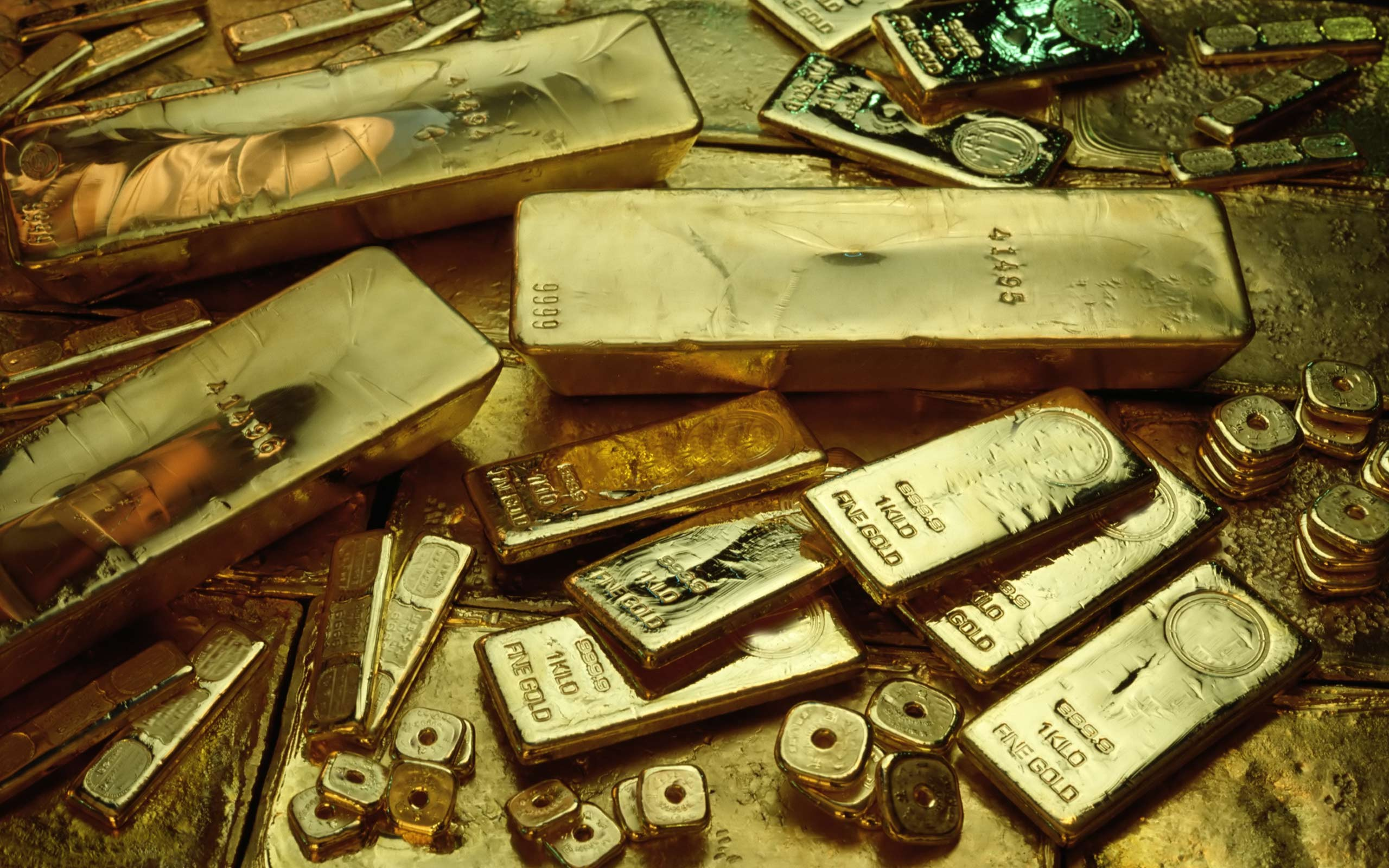 Different gold bullion wallpapers and images   wallpapers 2560x1600
