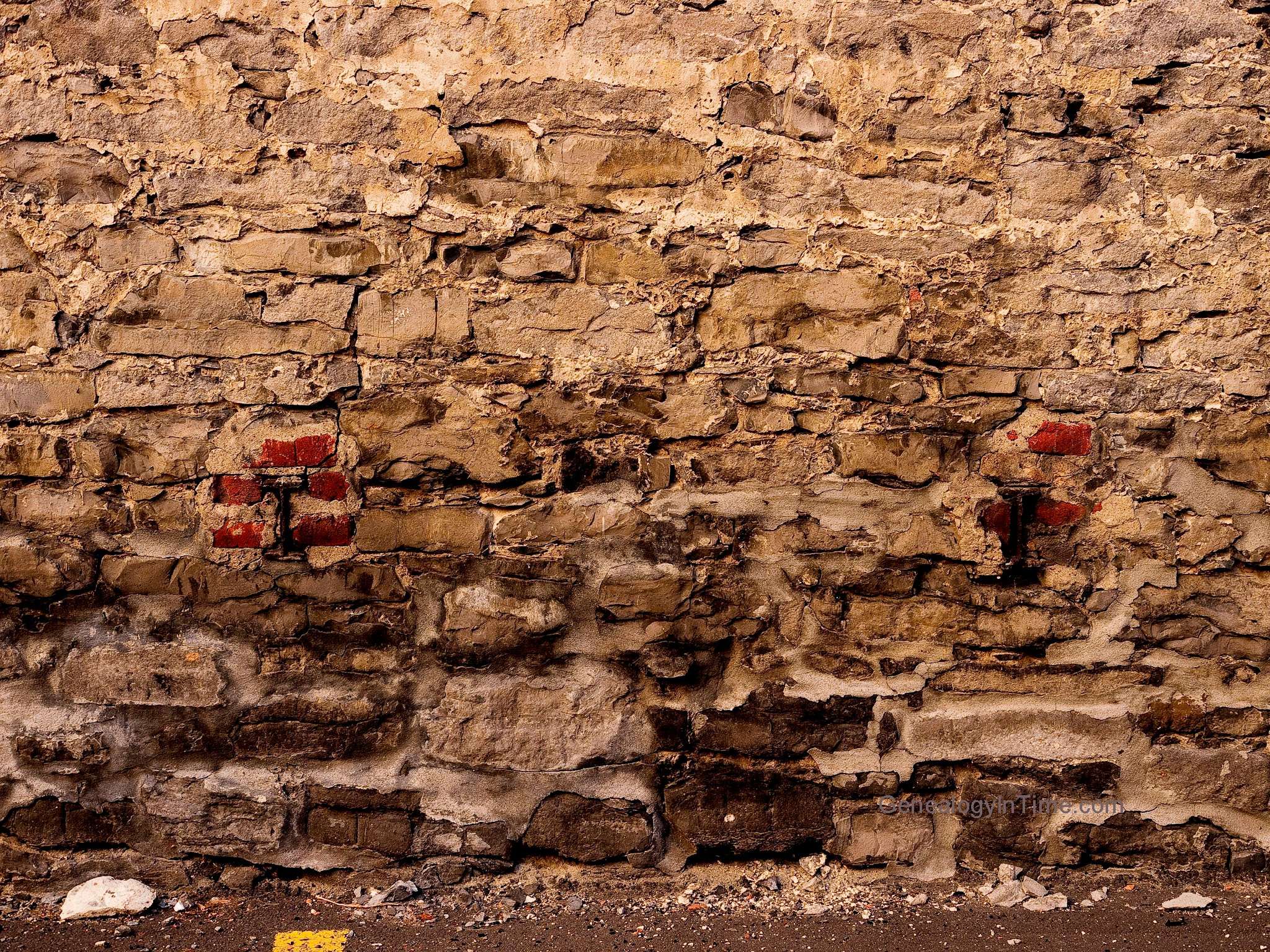 Image 04   Brick Supports in Old Stone Wall 2048x1536