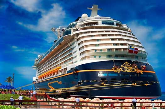 disney cruise line conta 4 navios o disney dream o disney magic 525x349
