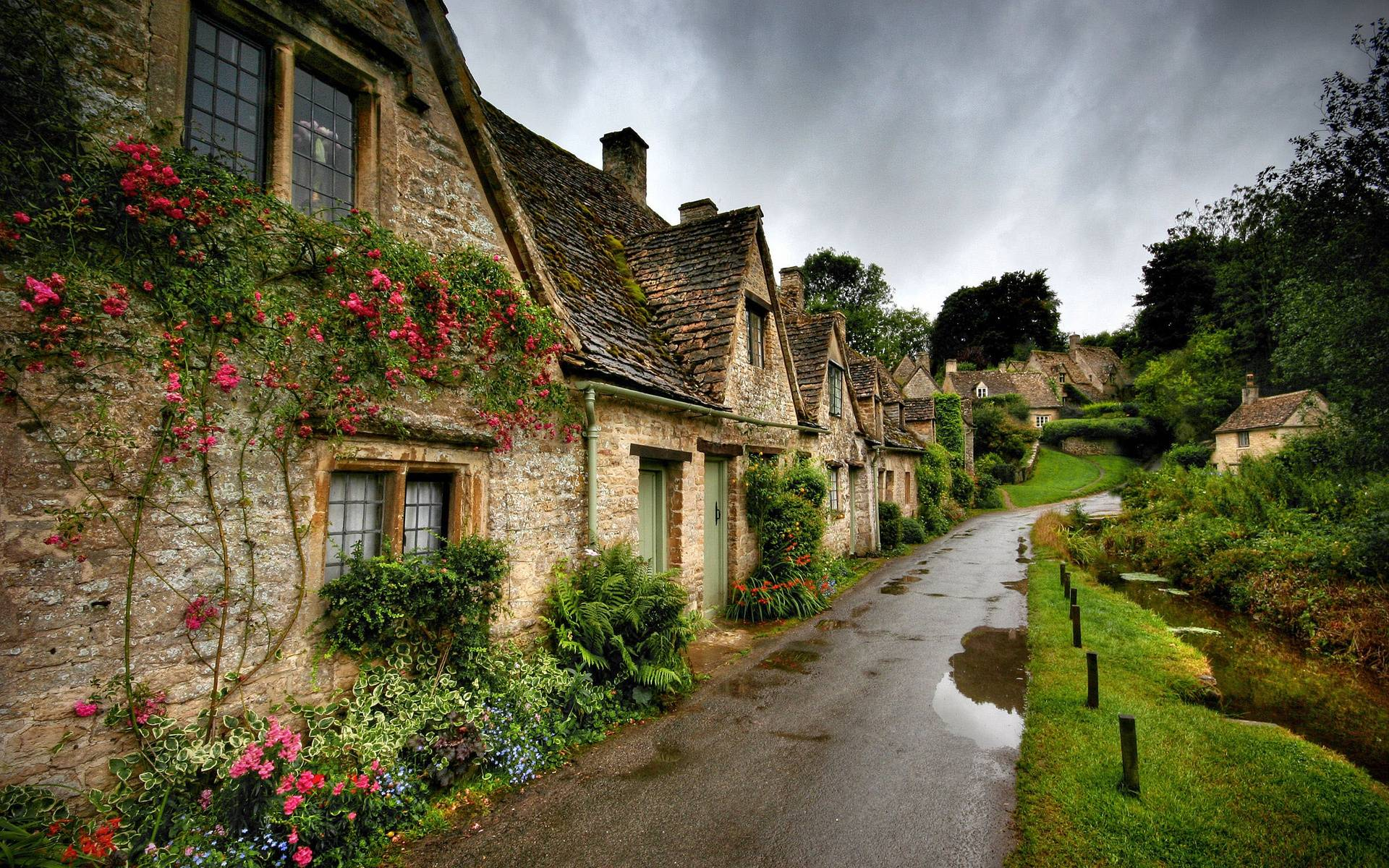 Old Irish Village Stone cottages shops These old country villages 1920x1200