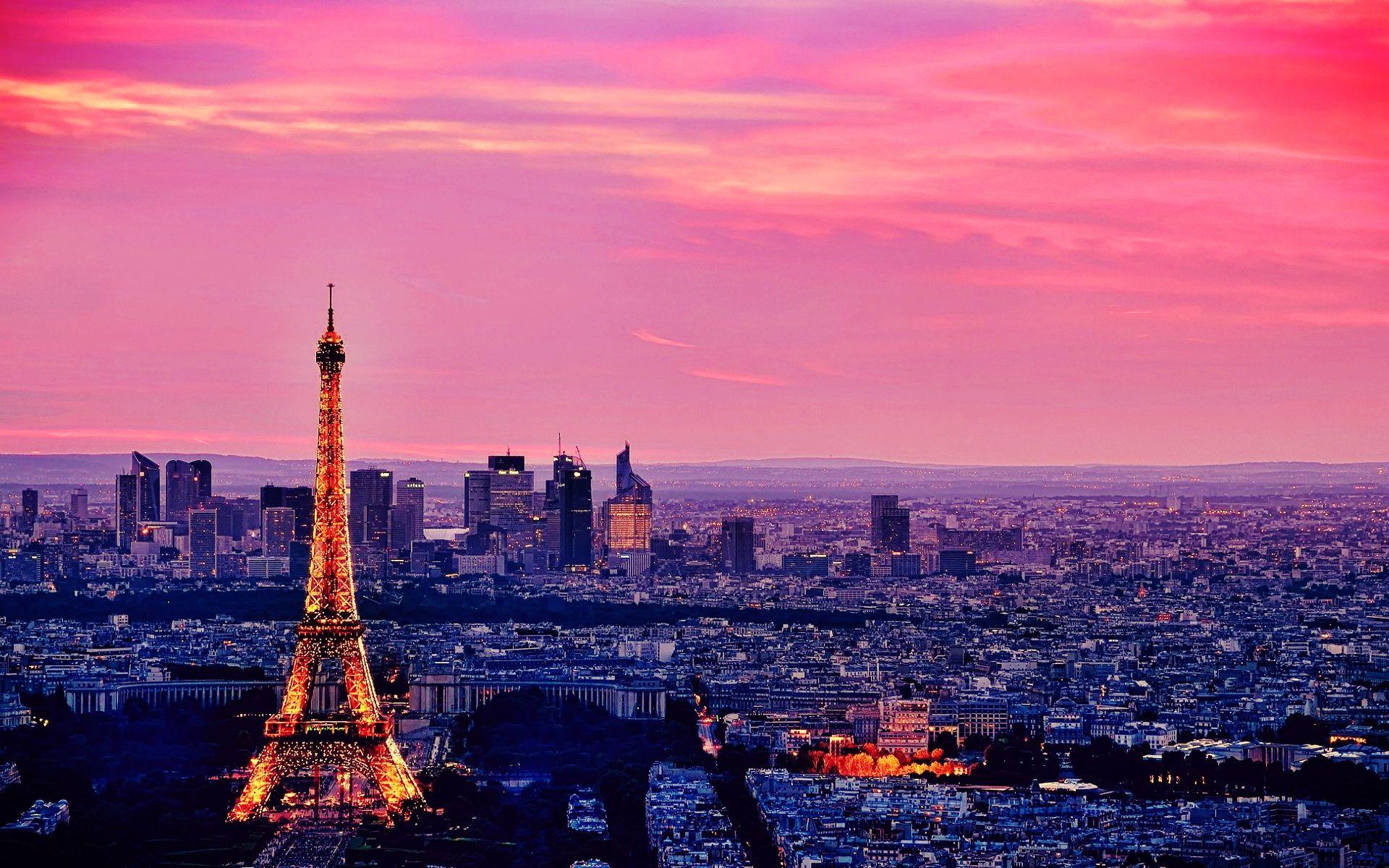 Eiffel Tower Beautiful Paris Wallpaper HD Wallpaper WallpaperLepi 1920x1200