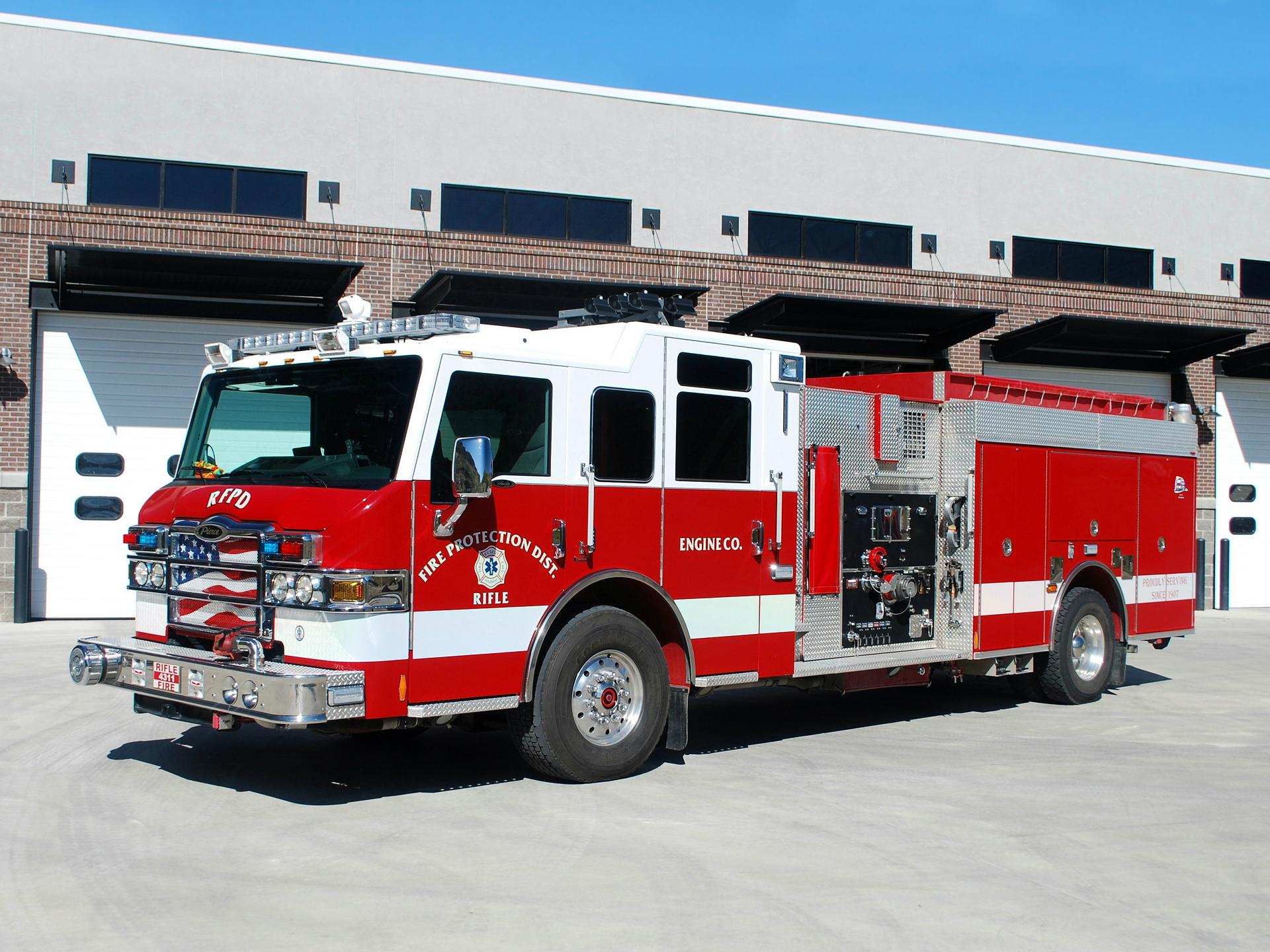 Pierce Fire Truck Wallpaper