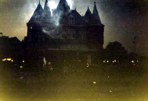Halloween Scary House Wallpapers Scary Haunted House Wallpapers 500x341