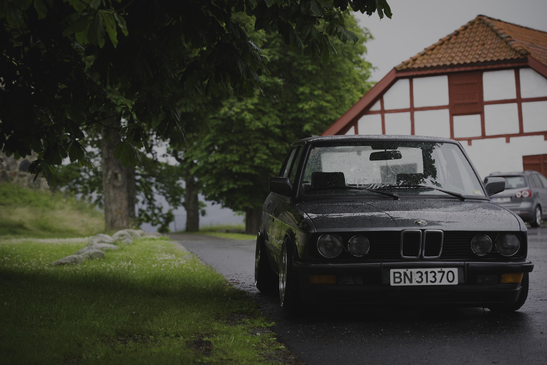 Grey BMW sedan BMW E28 Norway summer rain HD wallpaper 5760x3840