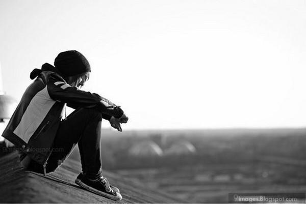 Alone sad cute boy fashionable hood 600x401