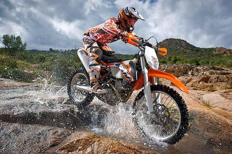 gama ktm de motocross y enduro 2014 800x533