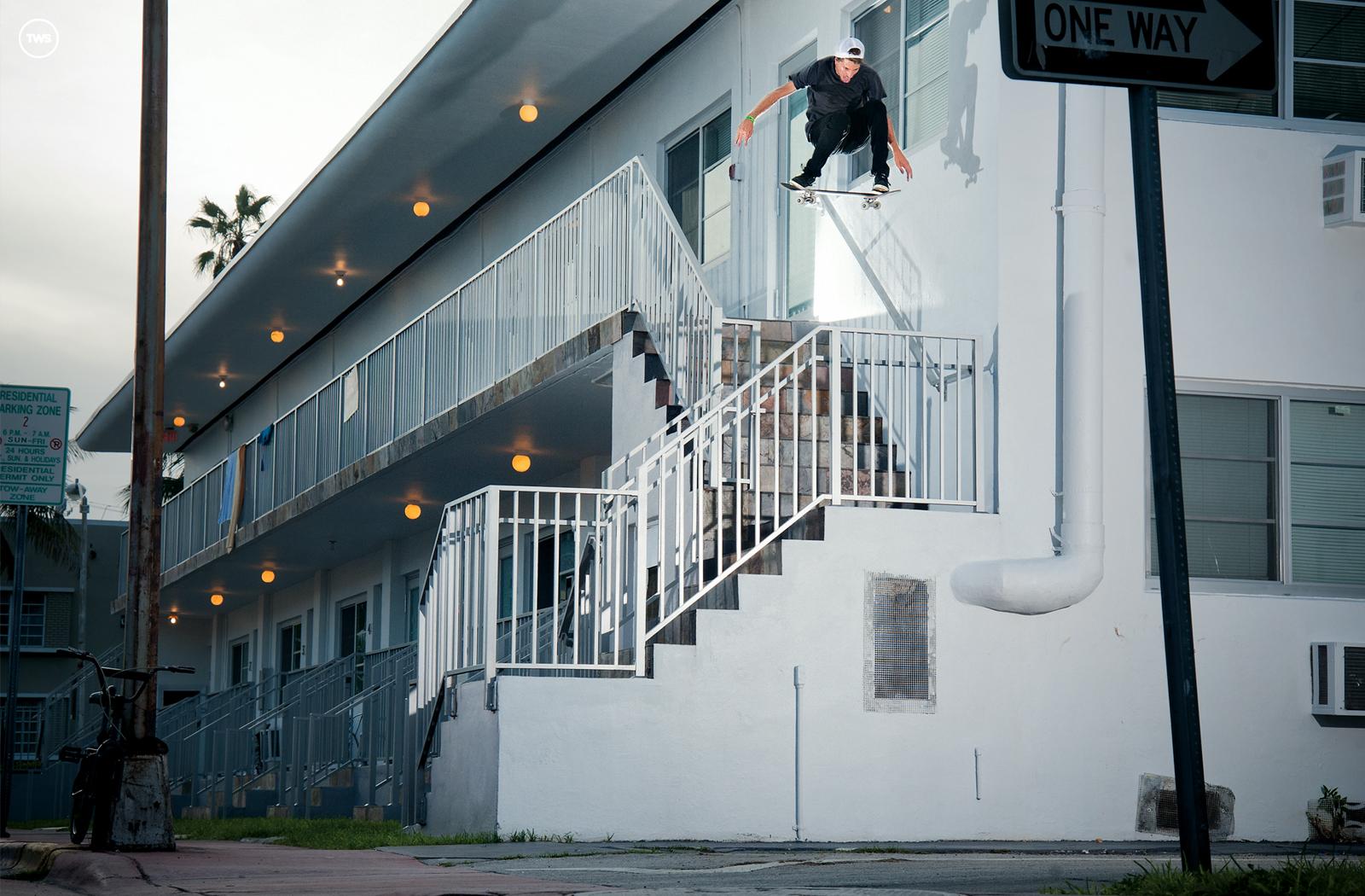 Wednesday Wallpaper Jaws Transworld Skateboarding 1600x1050