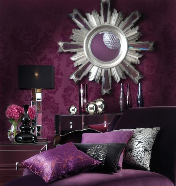 Luxurious Purple Bedroom Wallpaper Photo 568x600