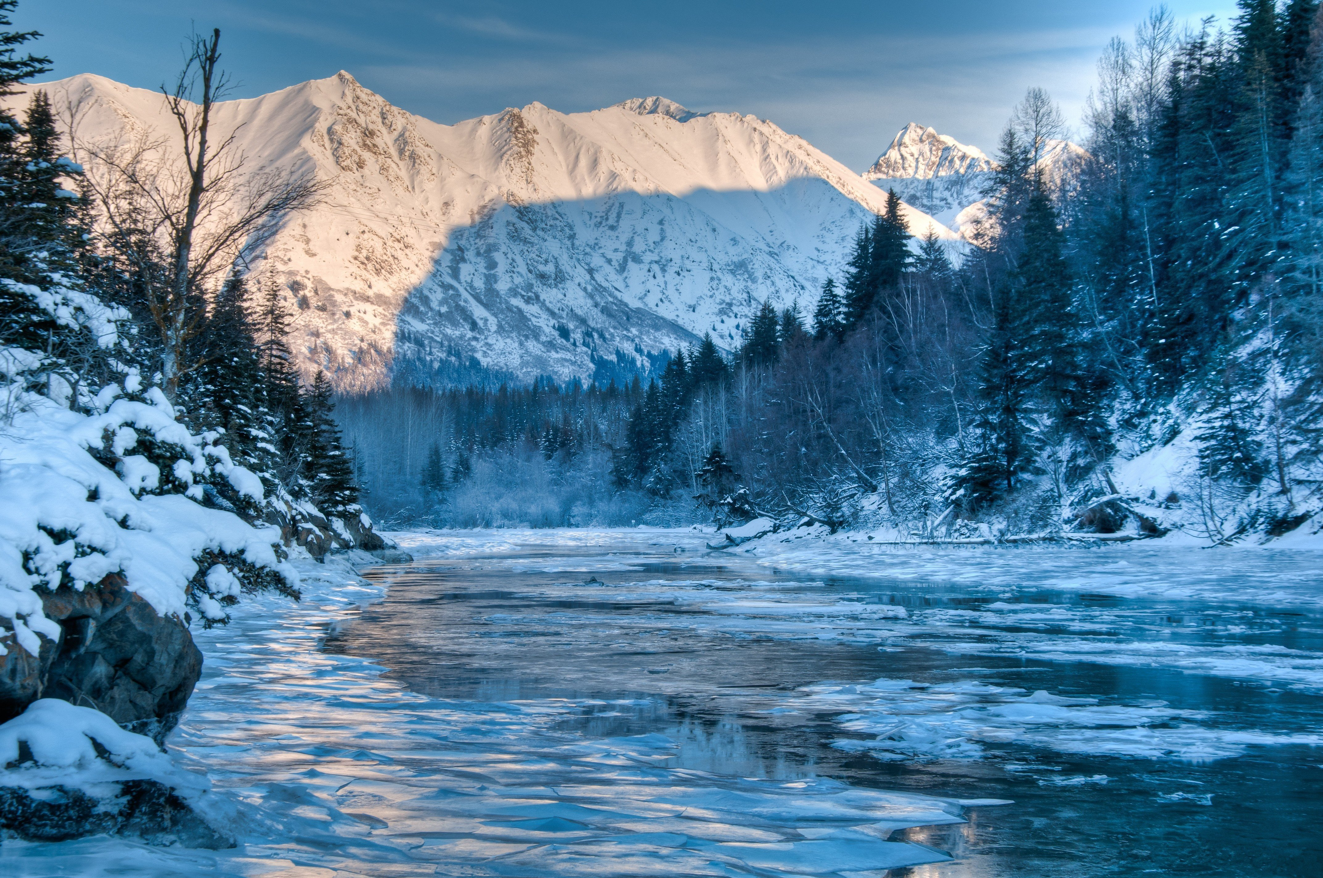 49 winter mountain screensavers and wallpaper on for Foto inverno per desktop