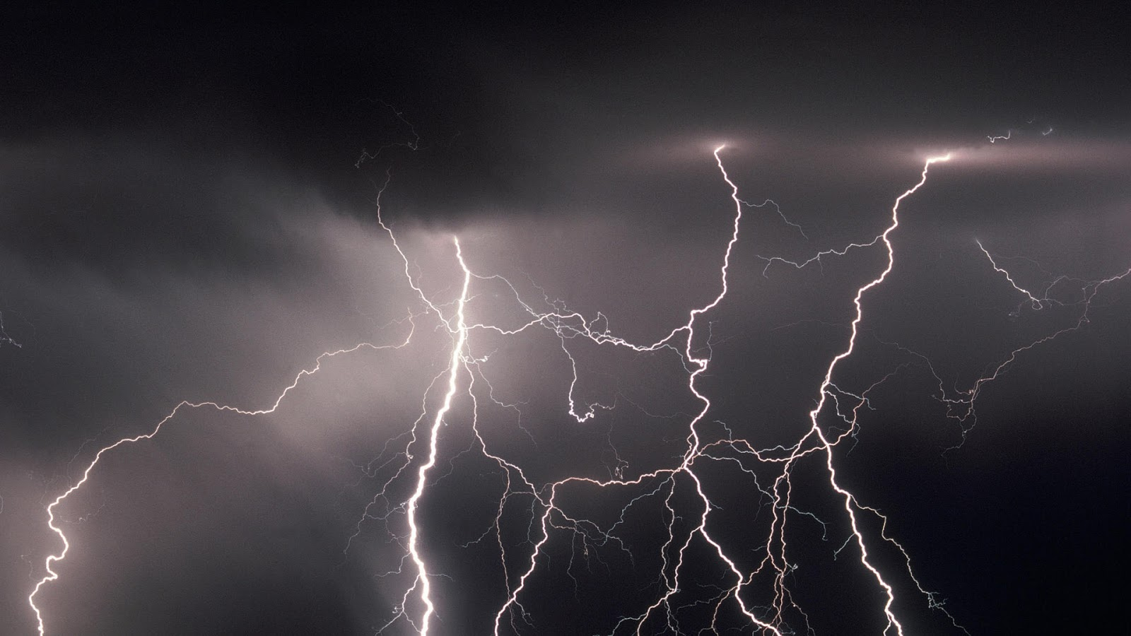 Random Lightning HD Widescreen Wallpapers 1600x900