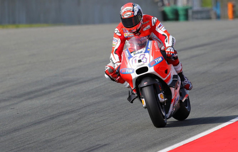 Wallpaper Ducati MotoGP Andrea Dovizioso Braking images for 1332x850